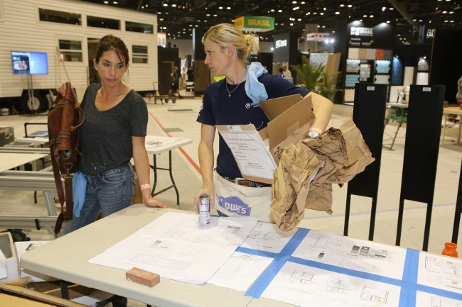 J&R Tile and bluetreehome reviewing their Installation Design Showcase project.