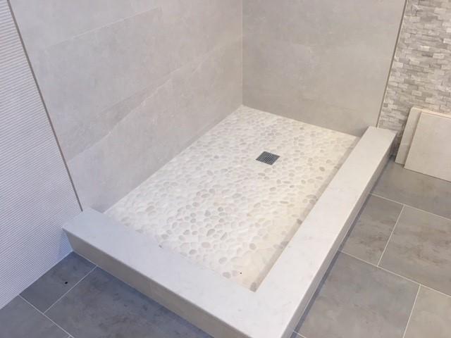 Shower-Door-installation-2